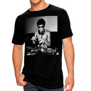 Bruce Lee DJ martial art artist T-Shirt M XL NWT